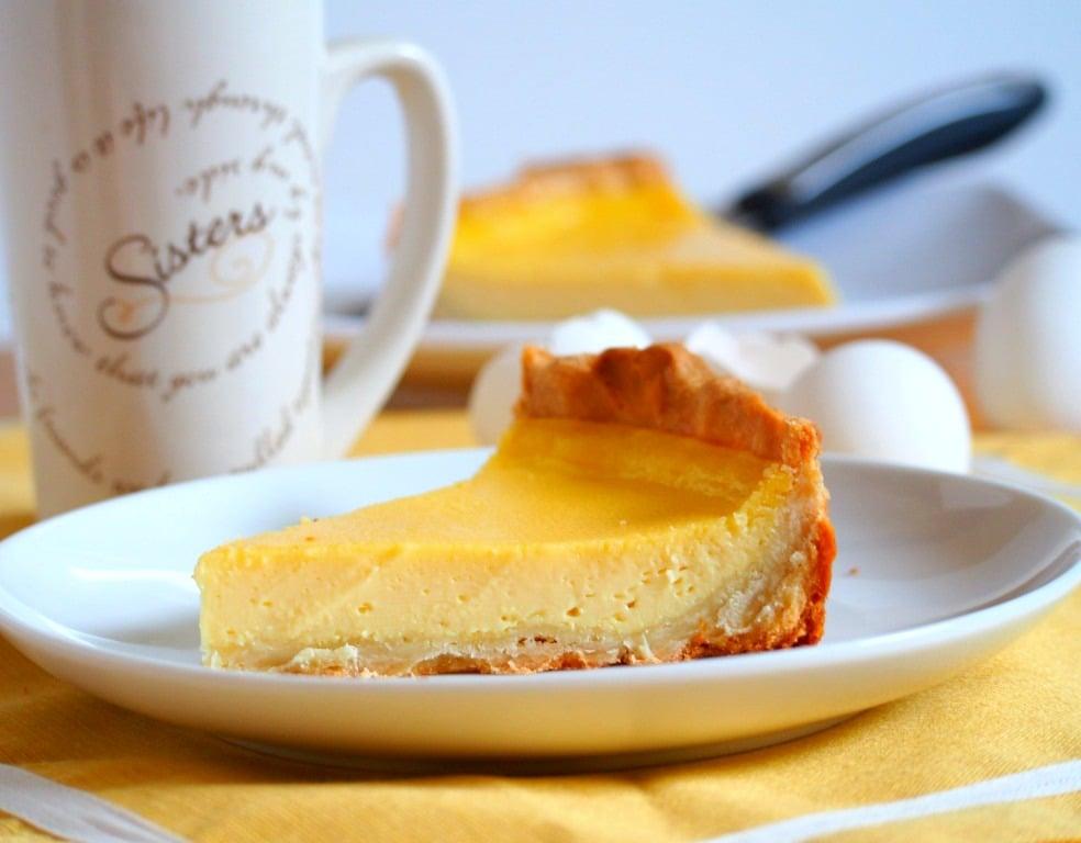 Egg pie Woman Scribbles