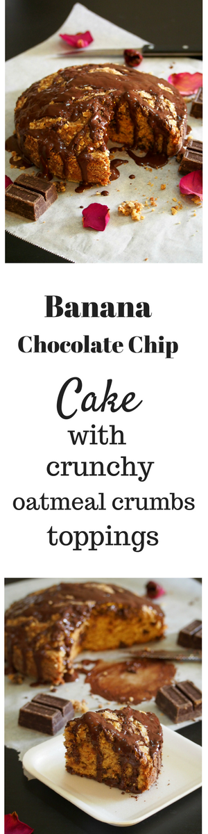 This Banana Chocolate Chip cake is moist and so flavorful with crunchy oatmeal crumb toppings.