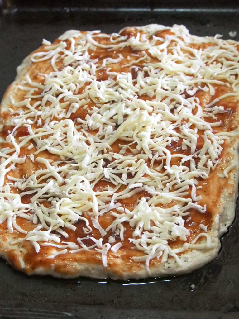 chicken BBQ pizza