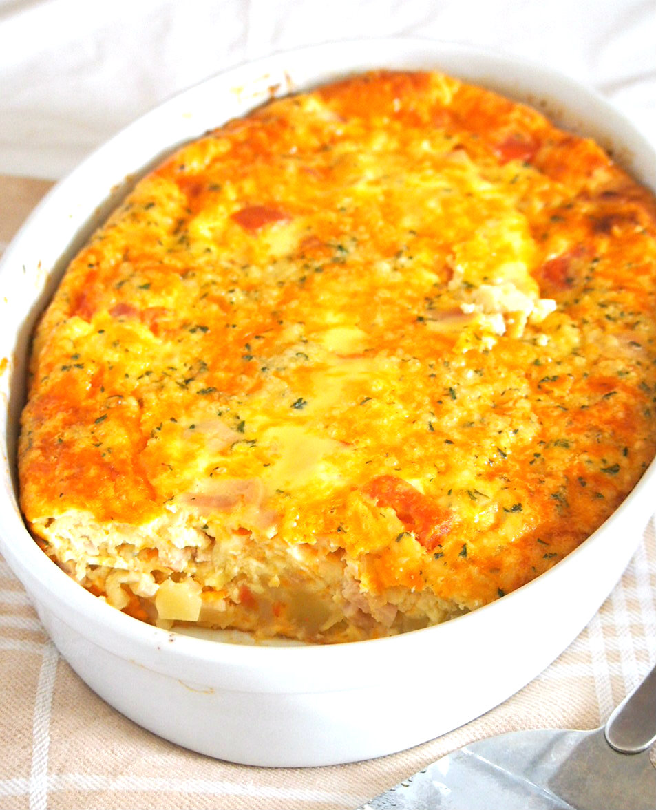 This baked egg casserole is an all-in-one dish complete with potatoes, vegetables, meat and eggs. It is a filling dish perfect to take along on camping, picnics and day trips because it is a complete, nutritious meal that is easy to consume.