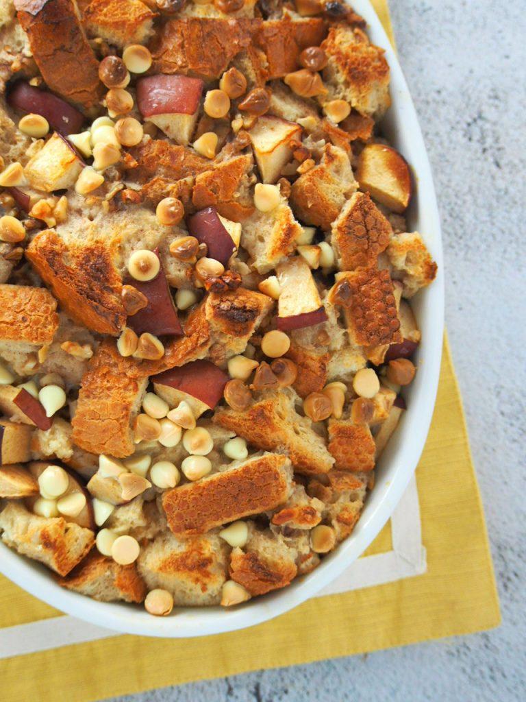 Cinnamon Apple Bread Pudding