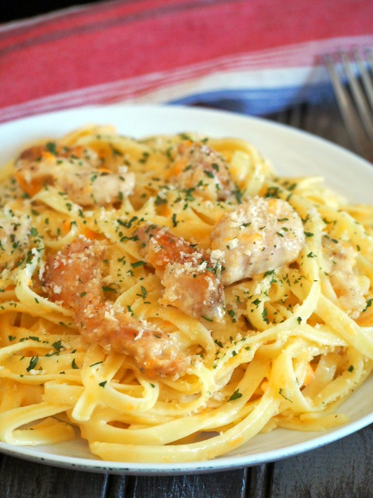 No parmesan? No problem! This Cheddar Cheese Chicken Fettuccine Alfredo is a tasty and classy meal that is done in no time. This is your perfect pasta on a weekday- fast, easy and delicious.