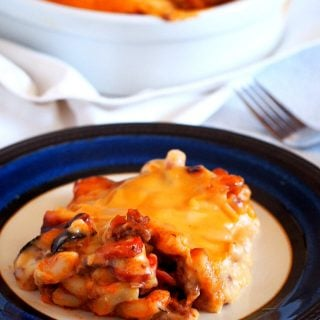 A serving of the cheesy baked macaroni on a plate.