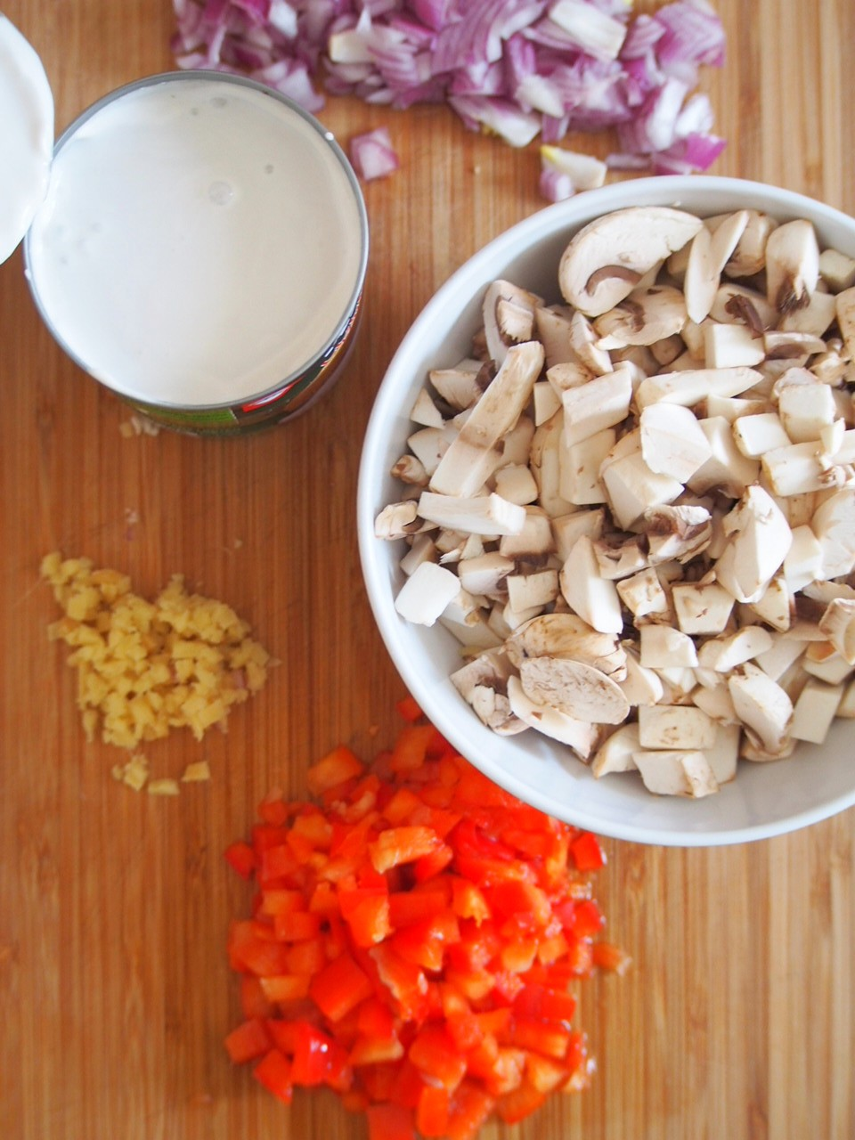 Some of the ingredients for Rice and Mushroom Spicy Thai Soup.