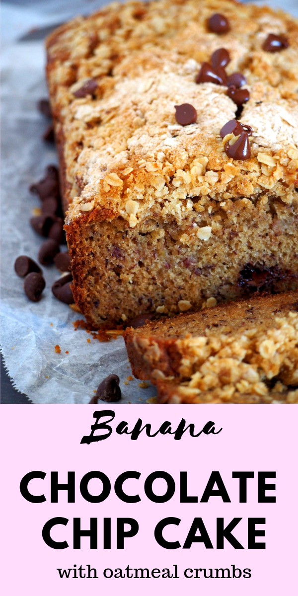 Your Ultimate Banana Chocolate Chip cake that is moist and rich with a crunchy texture from the crumb toppings. #bananacakes #bananaoatmealcake #bananaloaf | Woman Scribbles