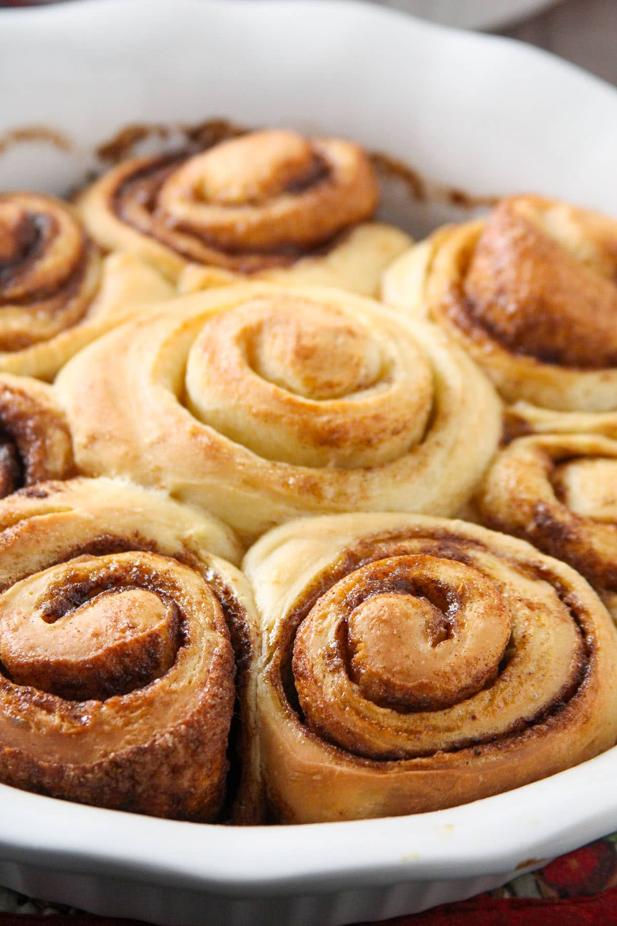 Freshly baked bread machine cinnamon rolls.
